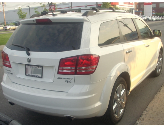 Image dodge journey 2011 3