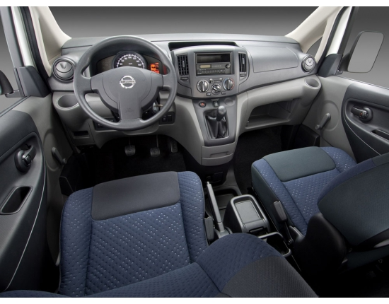 Photo nissan nv200