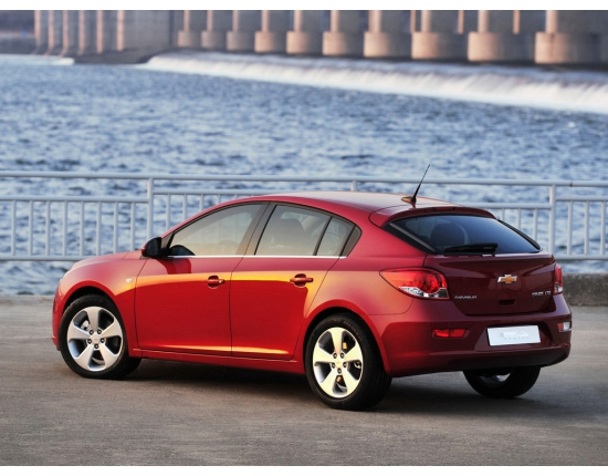 Image of chevrolet cruze 4