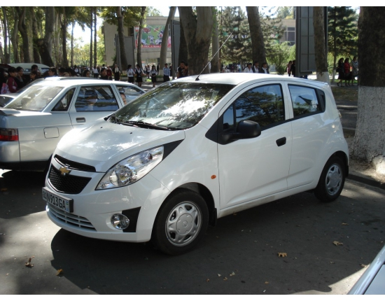 Photo voiture chevrolet spark 3