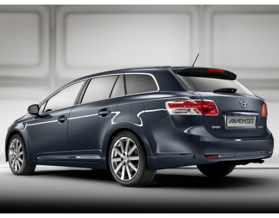Photo de toyota avensis 5