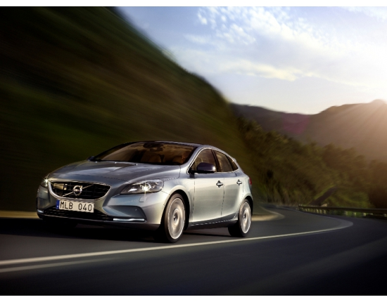 Photo nouvelle volvo v40 4