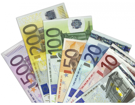 an overview of the euro currency during the end of nineties This article splits the economic history of norway when the war came to an end when the international wave of currency speculation reached norway during.