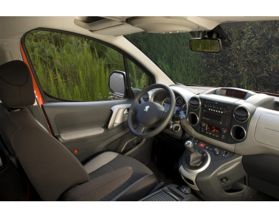 Photo interieur peugeot partner 5