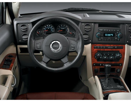 Photo jeep commander 2