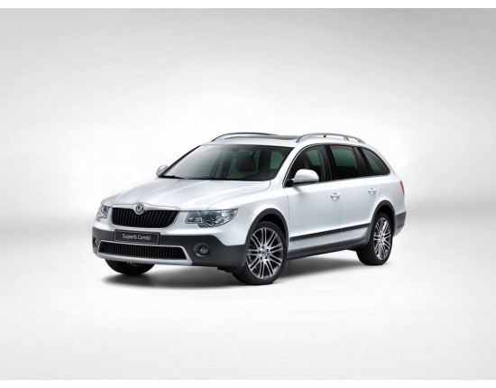 Photo nouvelle skoda superb combi