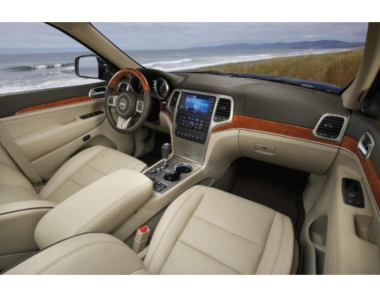 Photo interieur jeep grand cherokee 2