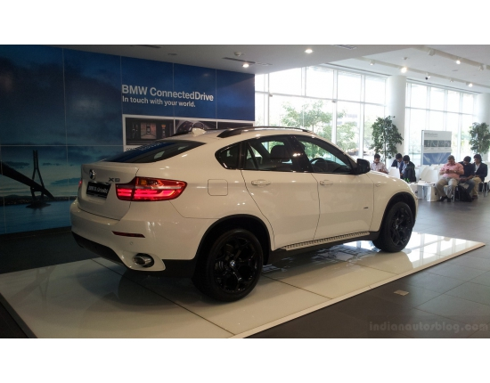 Bmw image and price in india 3