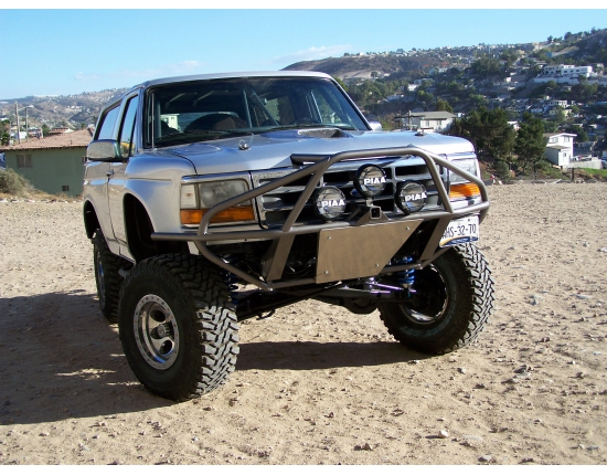 Photo ford bronco offroad 4