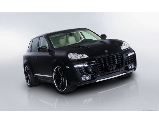 Photo porsche cayenne magnum 4