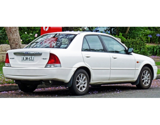 Ford laser фото 5