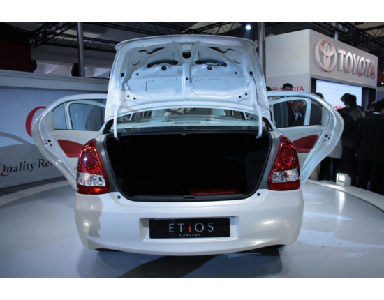 Photo of toyota etios 5