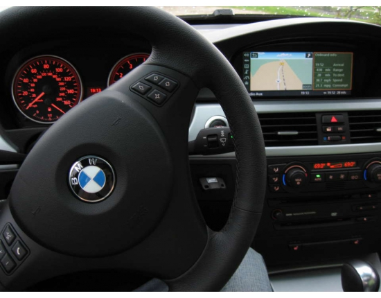 Photo voiture bmw x8 4