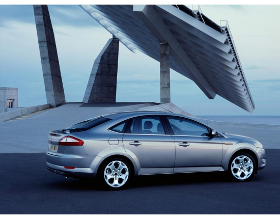 Фото ford mondeo hatchback 2