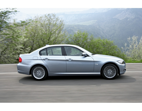 Photo of bmw 3 series 4