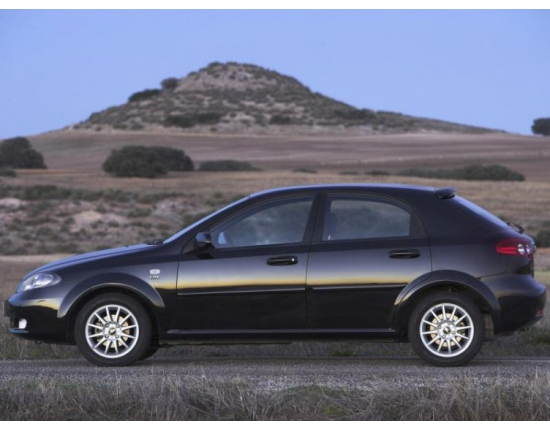 Фото chevrolet lacetti hatchback 5