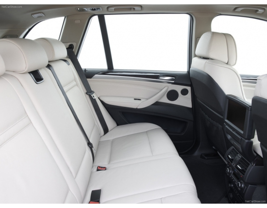 Photo interieur bmw x5 7 places 4